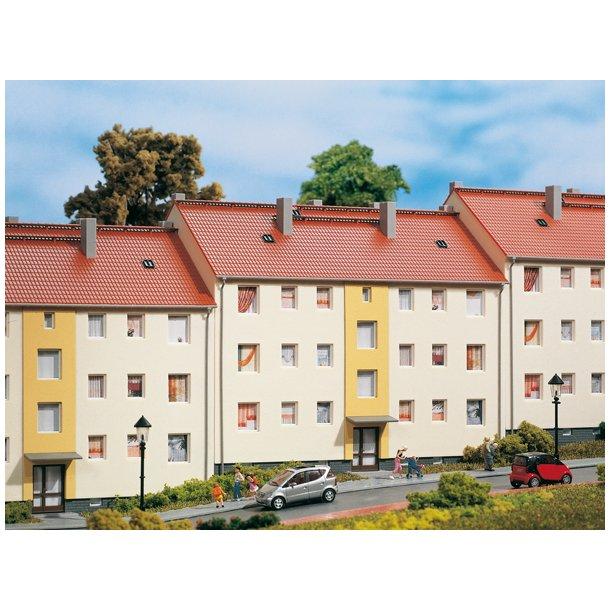 Auhagen HO 11402 Beboelses ejendom