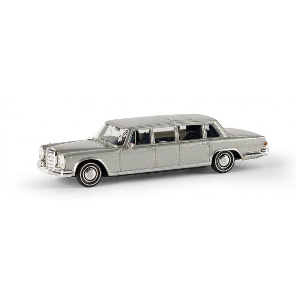 Brekina HO 13005 Mecedes Benz 600 Limousine sølv metalic