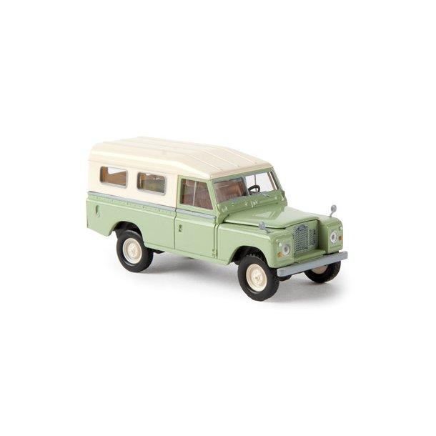 Brekina HO 13761  Land Rover 109