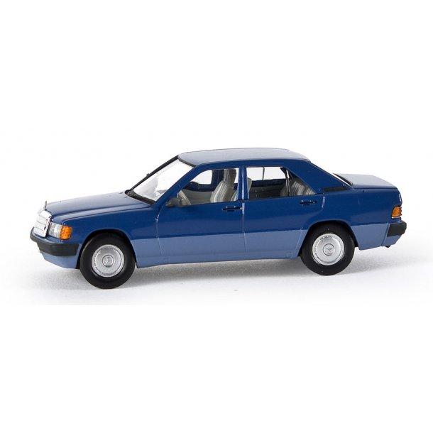 Brekina HO 13202 Mercedes Benz 190 E Limousine blå Fra Starmada