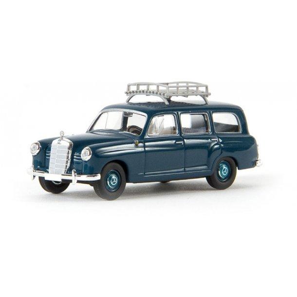 Brekina HO 13456 Mercedes Benz 180 stationcar Ocean Blue med tagbøjle