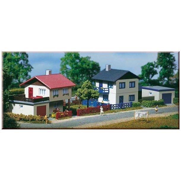 Auhagen spor N 14462 Forstads huse med garage