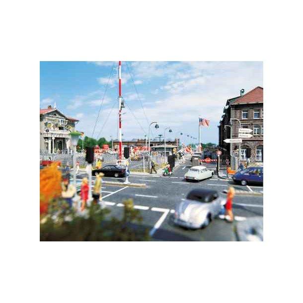 Busch 7086 HO  asfalt gade