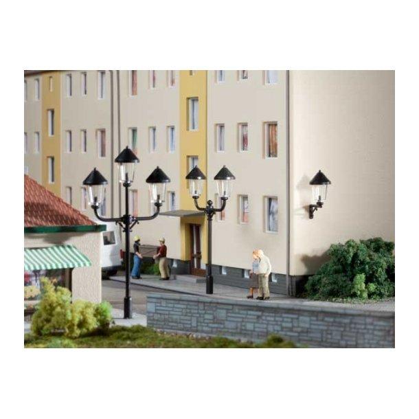 Auhagen HO 42631 Parklamper 2 stk. Højde 65 mm. 2 væglamper.