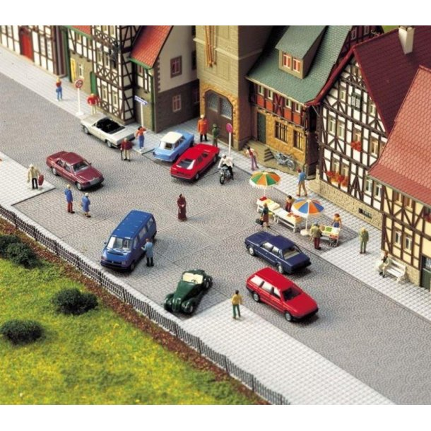 Busch HO 6032   Old Town Square fortov 200 x 160
